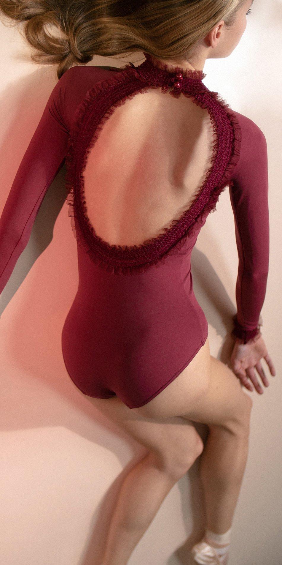 ELEANOR – red backless leotard 2