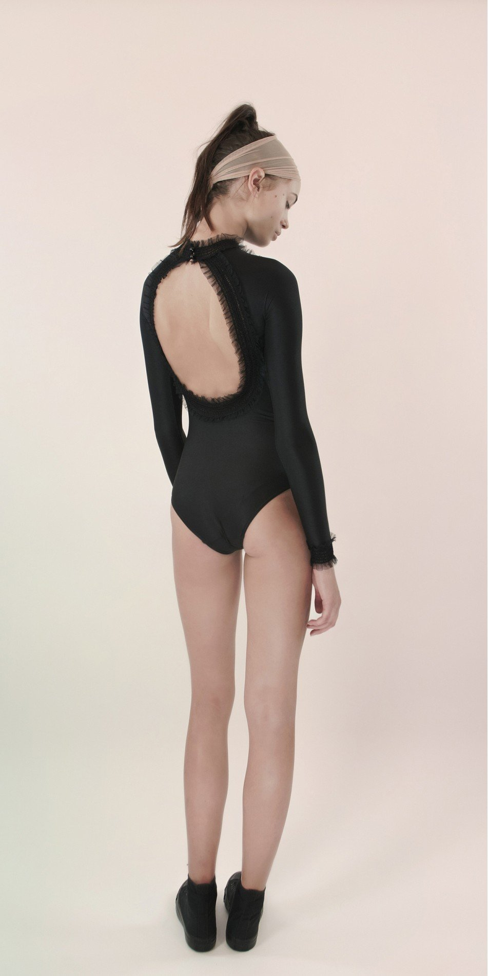 ELEANOR backless20leotard blk 1 r