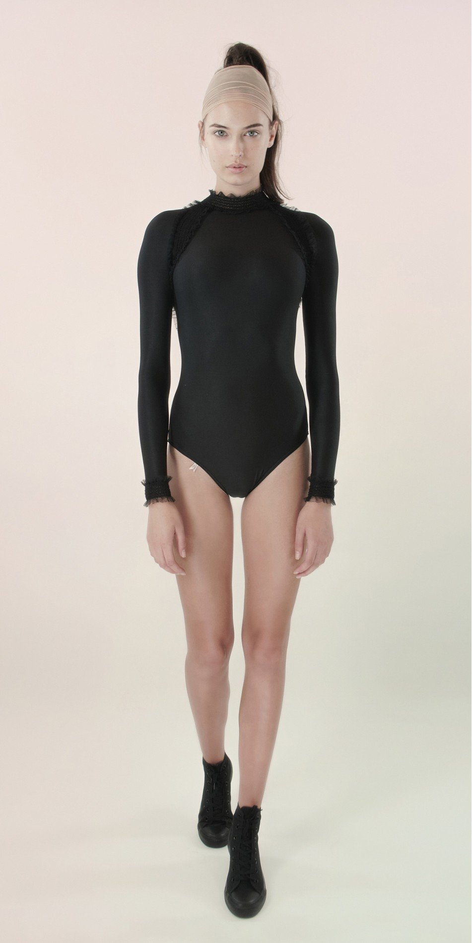 ELEANOR backless20leotard blk 3 r
