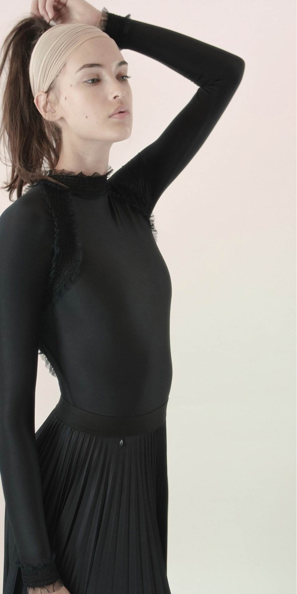 ELEANOR backless20leotard blk 4 r