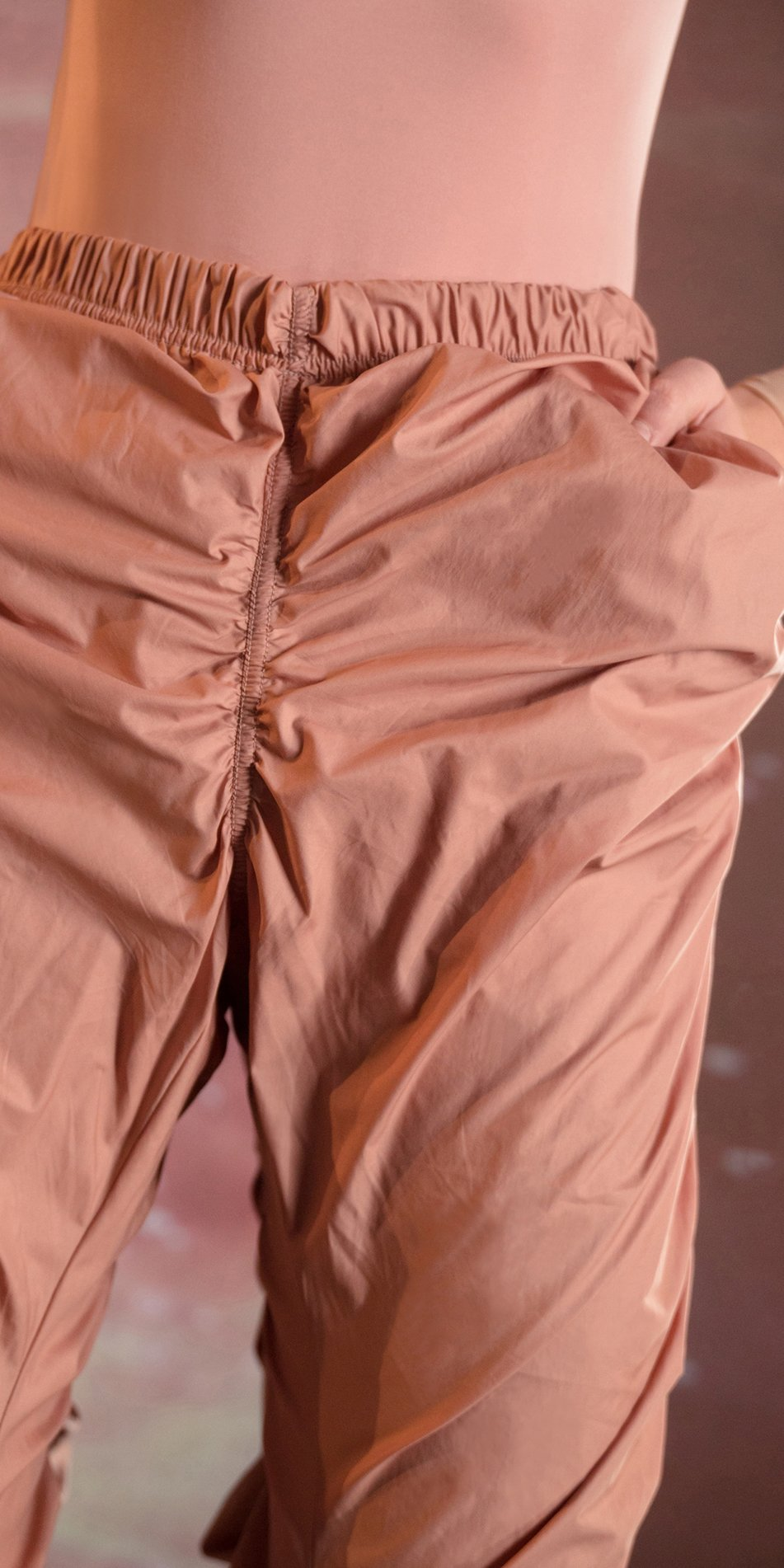 PARA CUTE blush draped pants 4