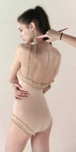 eleanor with straps nude r