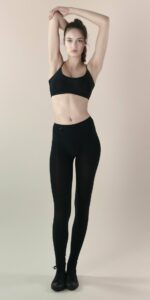skinky leggings black 1