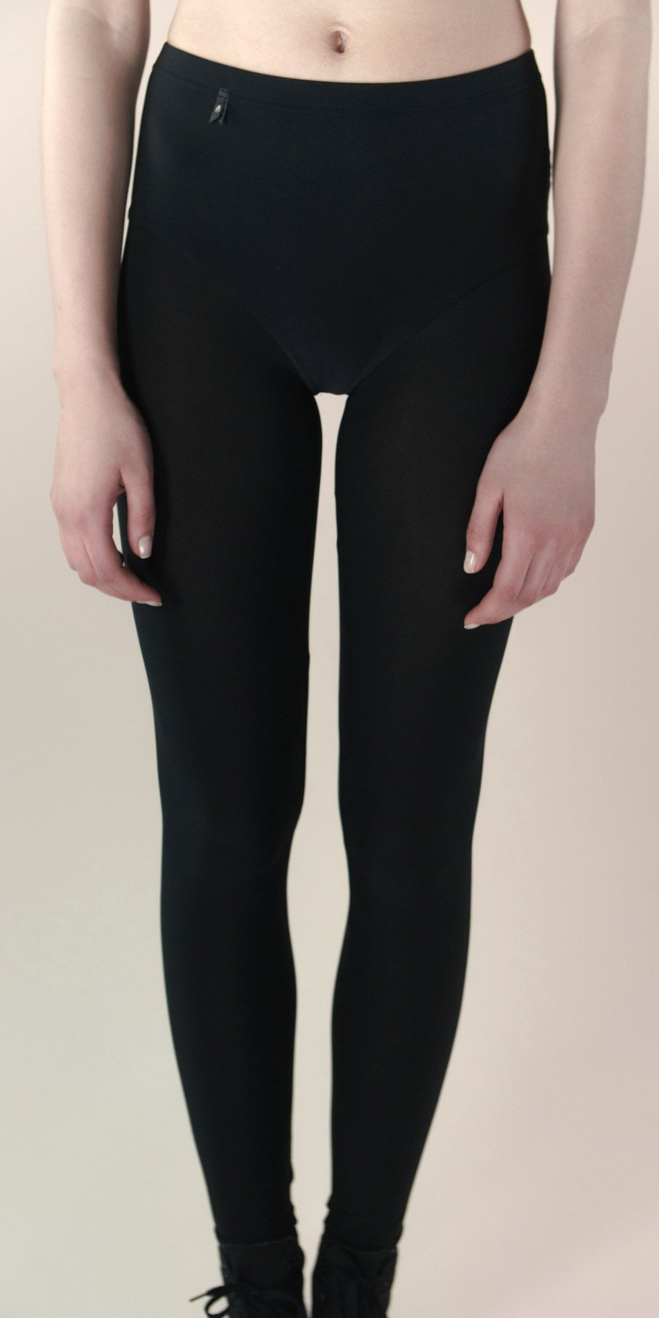 skinky leggings black 4
