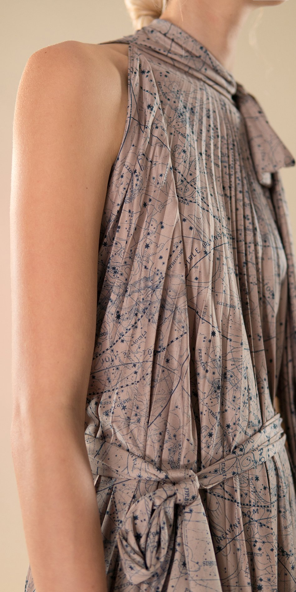 CELESTIAL pleated dress nude 5