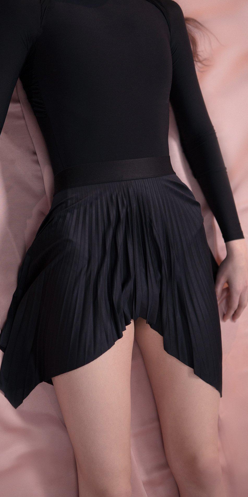 SUN RAY pleated short skirt black 1