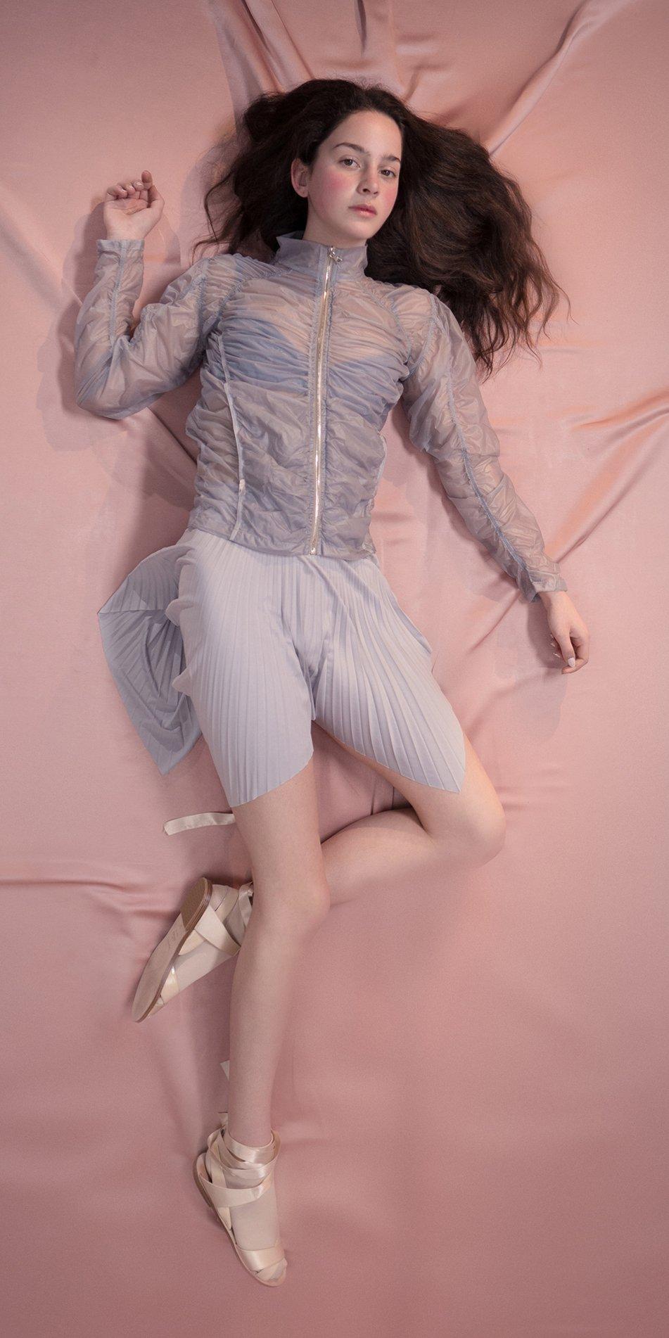SUN RAY pleated short skirt ice 2