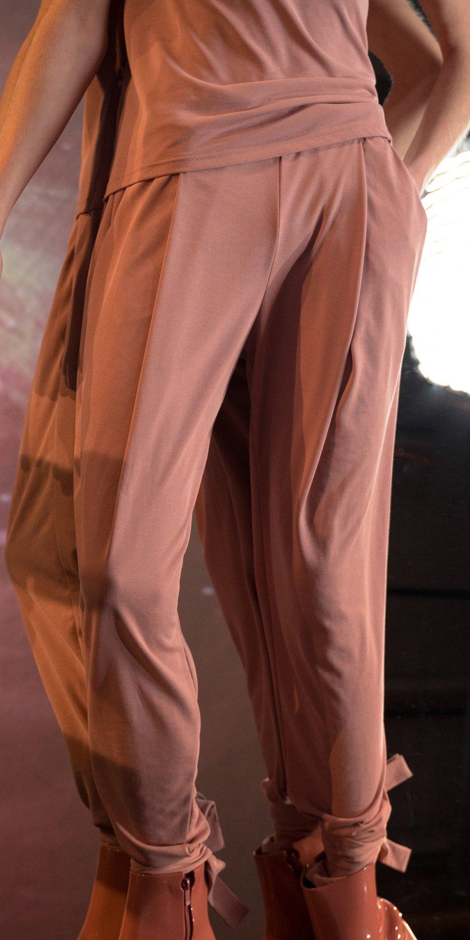 BALLERINA blush carrot pants 3 1