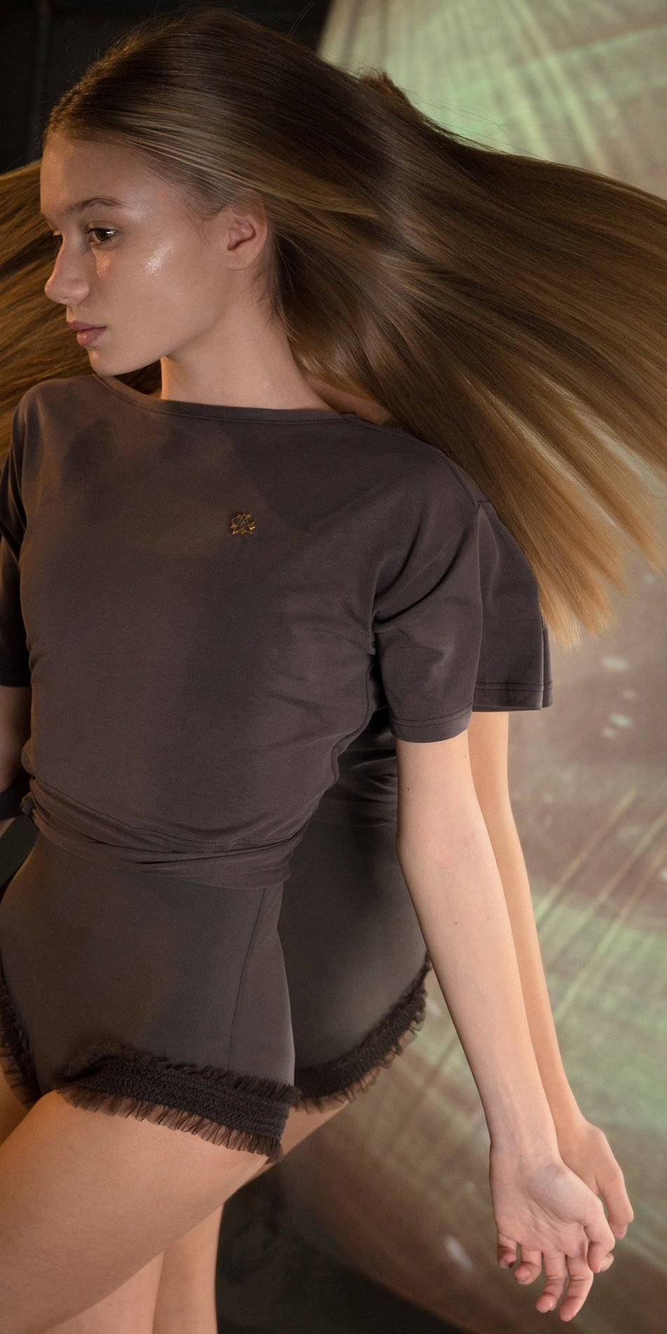 BALLERINA chocolate back wrap t shirt 3