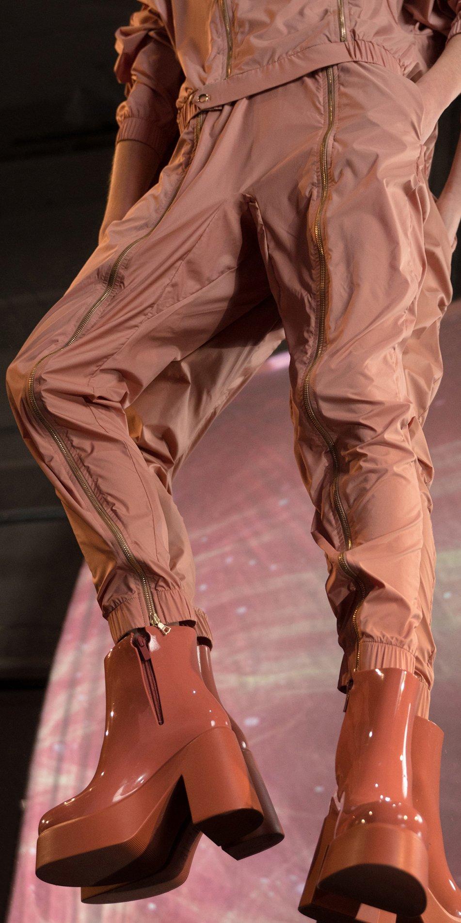 BOMBER blush double zip pants 2