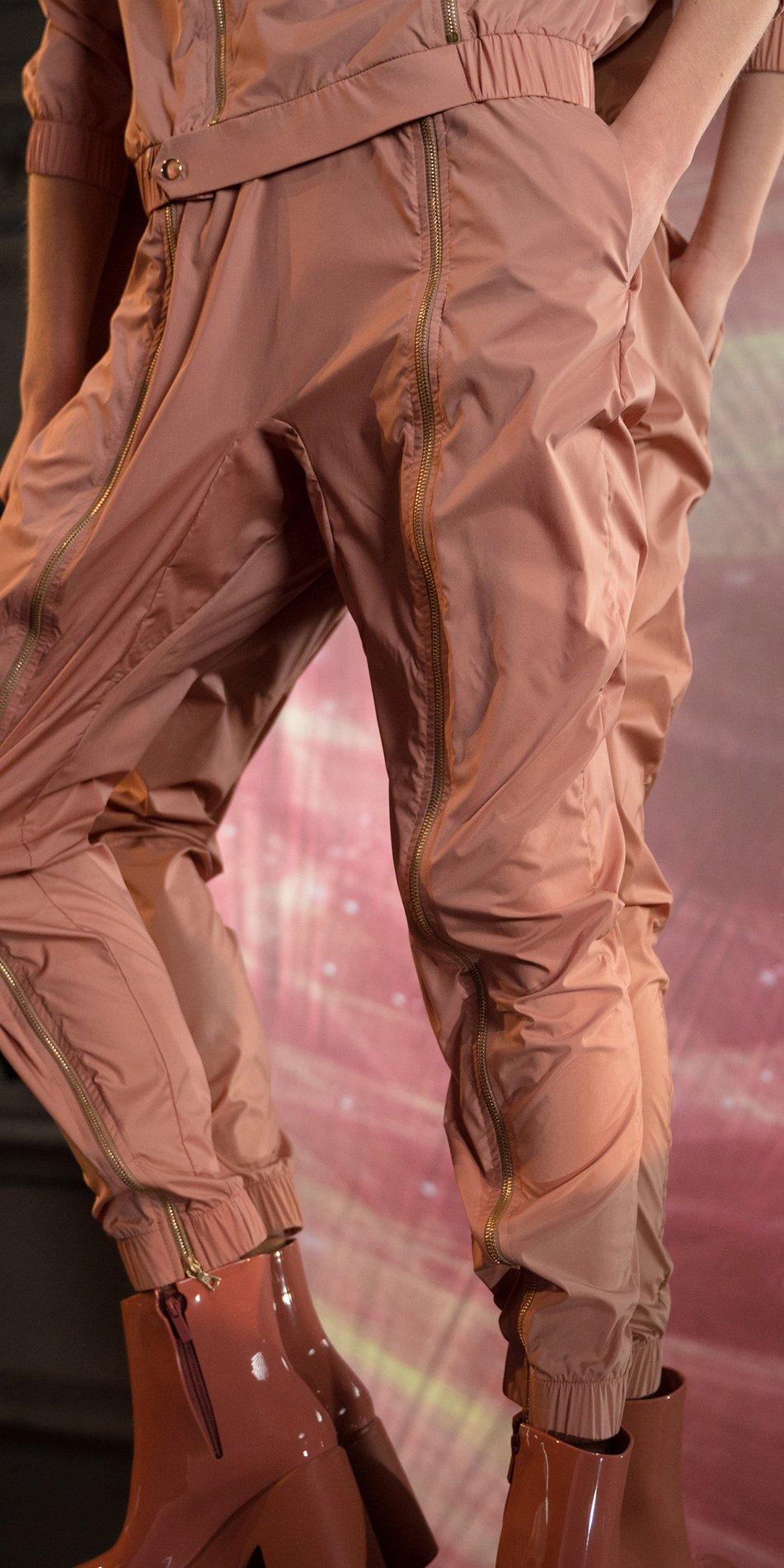 BOMBER blush double zip pants 8