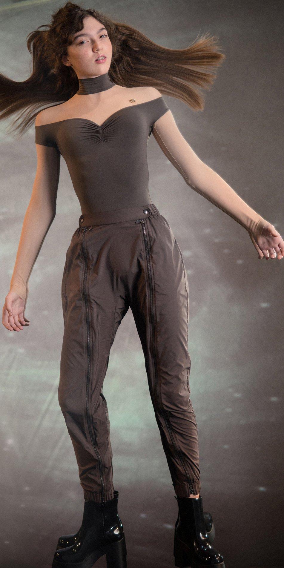 BOMBER chocolate double zip pants 1