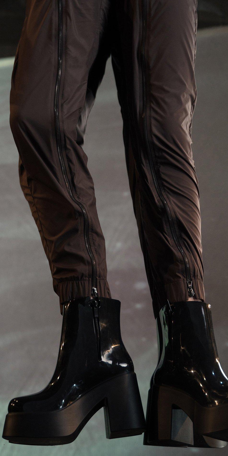 BOMBER chocolate double zip pants 3