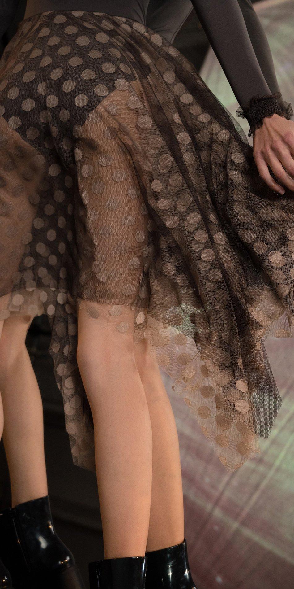 JUMBO POLKA TULLE long square skirt chocolate nude 2