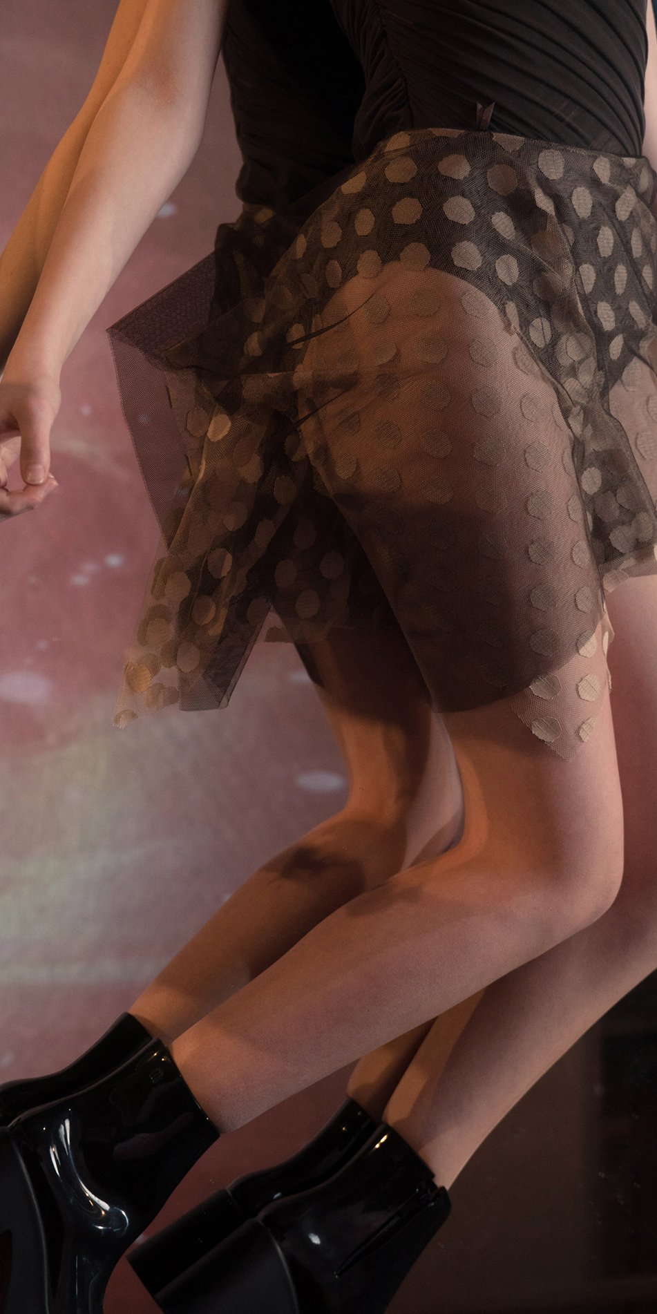 JUMBO POLKA TULLE short square skirt chocolate nude 2