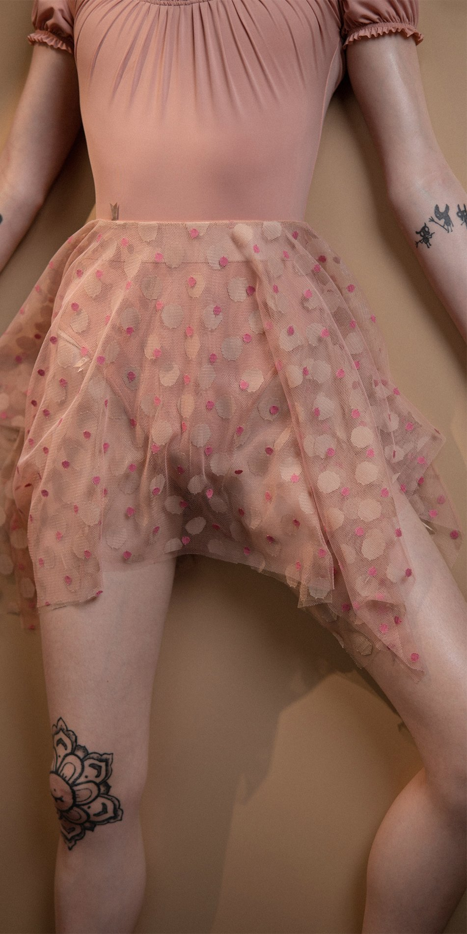 JUMBO POLKA short skirt blush nude Bloom 1