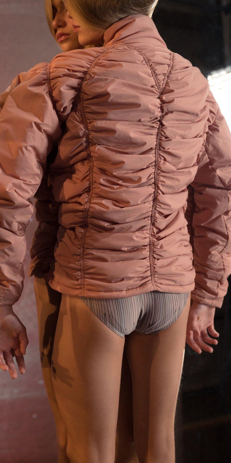 PARA CUTE blush padded draped jacket 3
