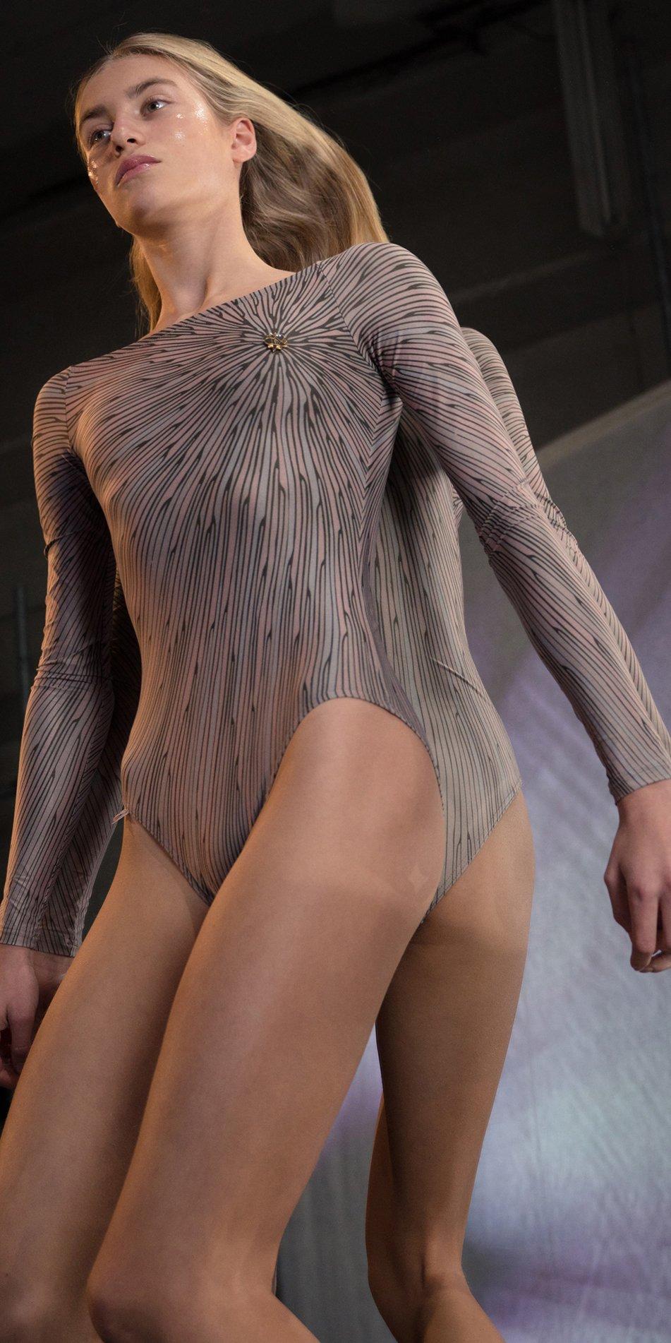 STELLAR bateau neckline leotard with sleeves lavender 6