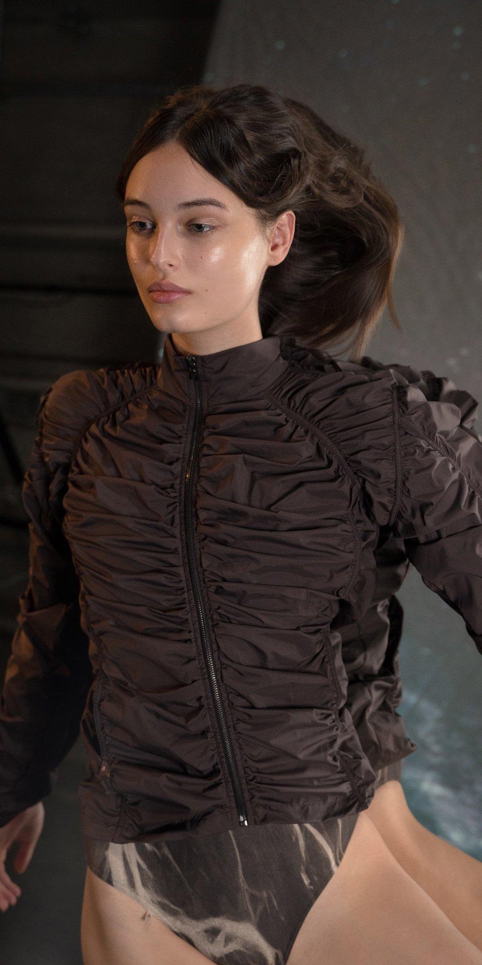 PARA CUTE chocolate draped jacket 4