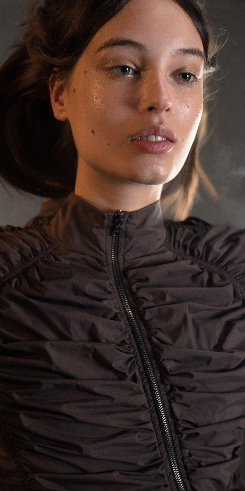PARA CUTE chocolate draped jacket 6