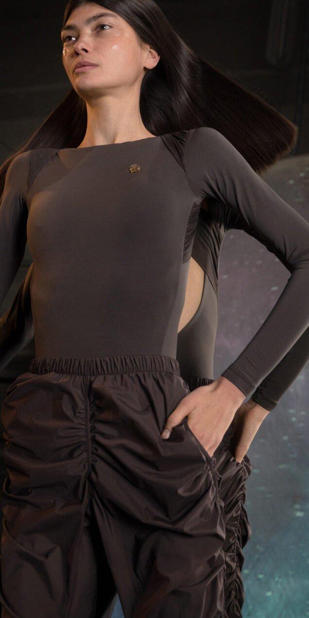 PARA CUTE chocolate draped pants 2