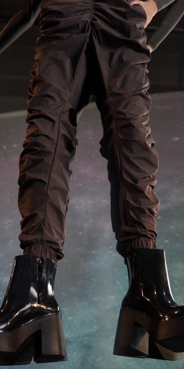PARA CUTE chocolate draped pants 3