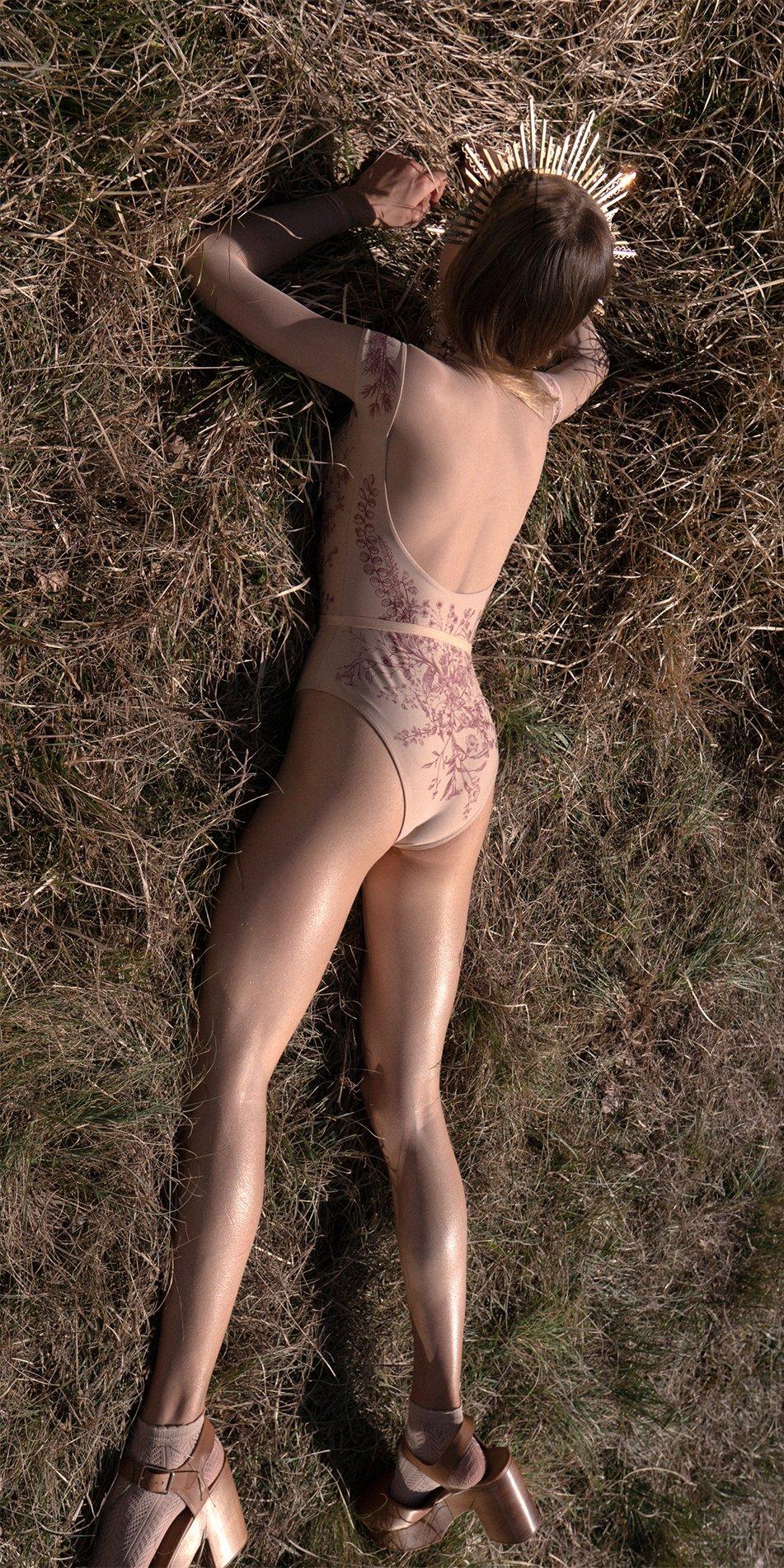 BLOOMY SWEETHEART burgundy off shoulder mesh decolette leotard with sleeves 3