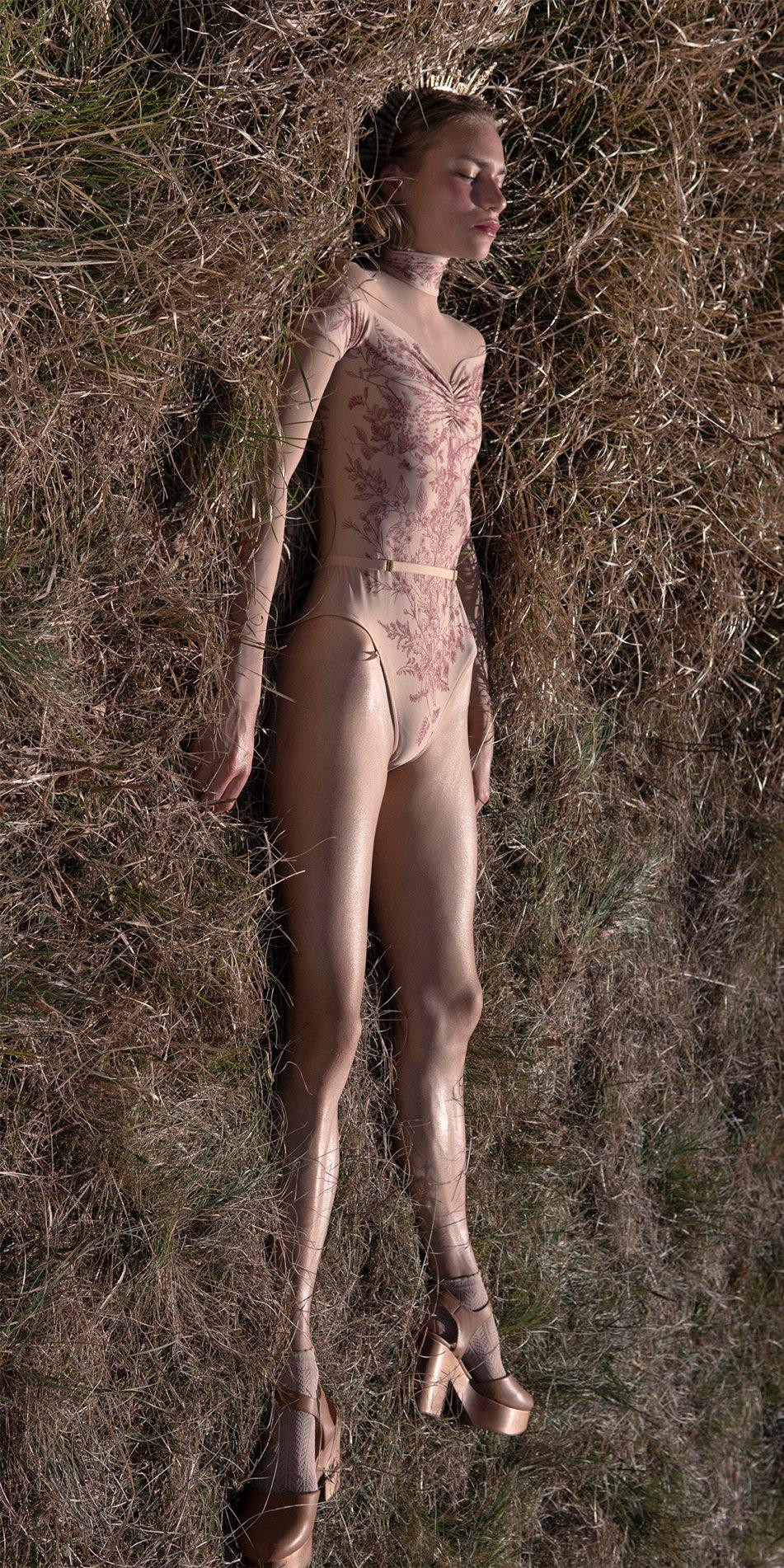 BLOOMY SWEETHEART burgundy off shoulder mesh decolette leotard with sleeves 4