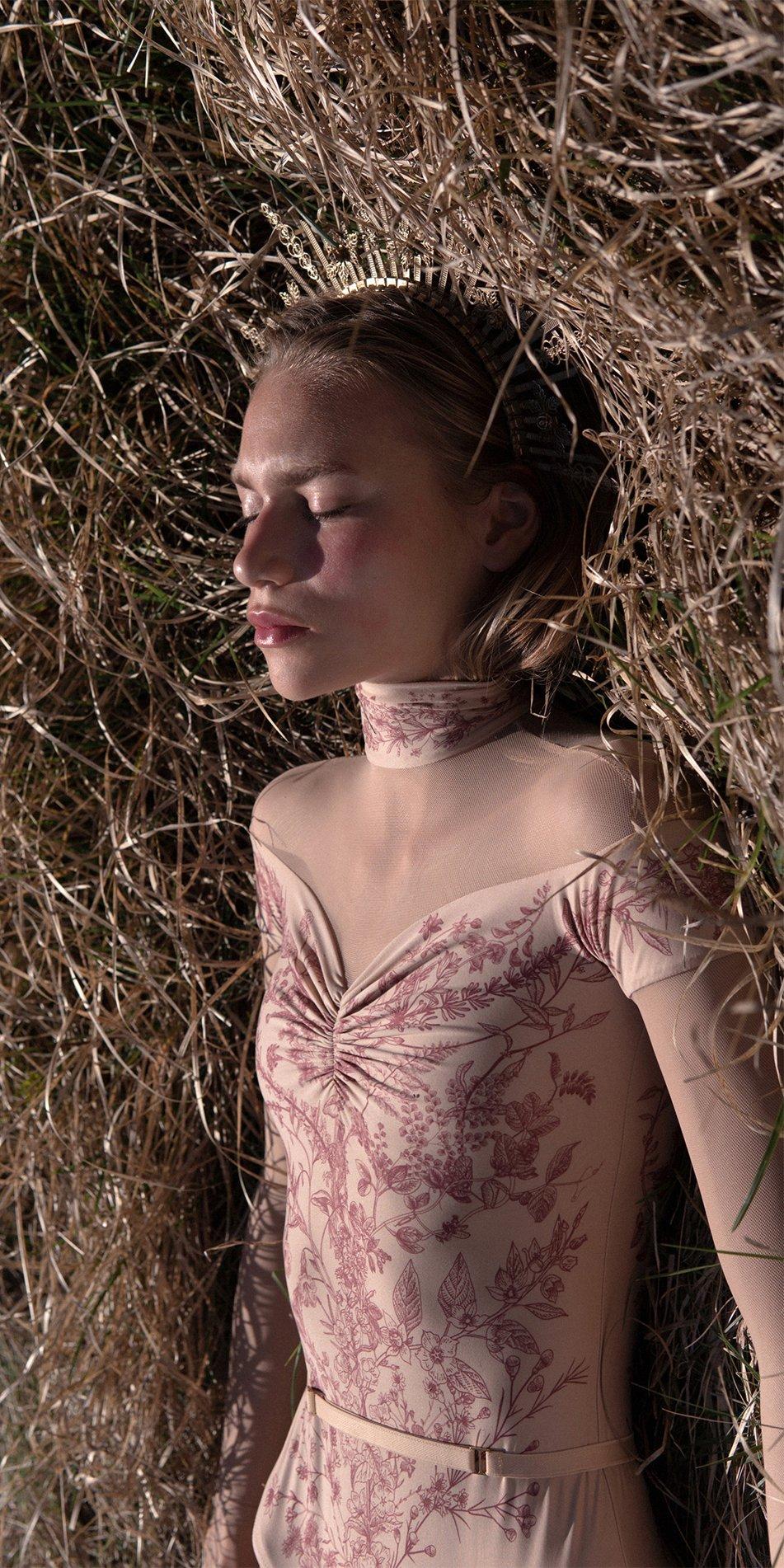 BLOOMY SWEETHEART burgundy off shoulder mesh decolette leotard with sleeves 6