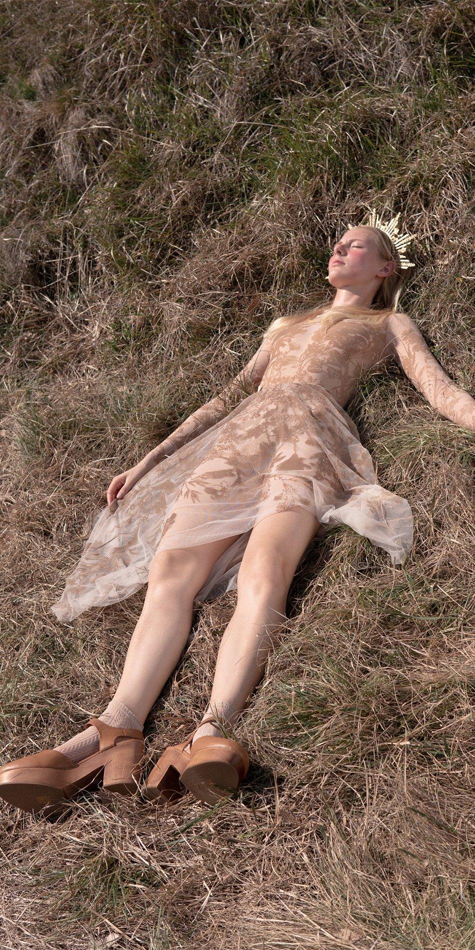 BLOSSOMS nude second skin flock print skirt 8