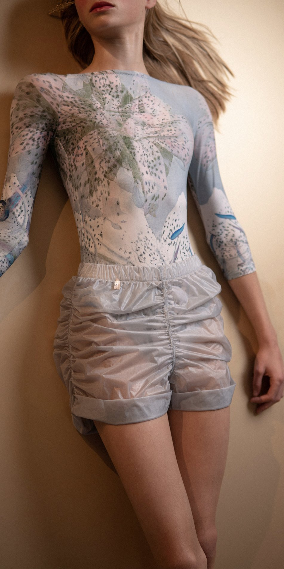 PARA CUTE ice draped shorts 4