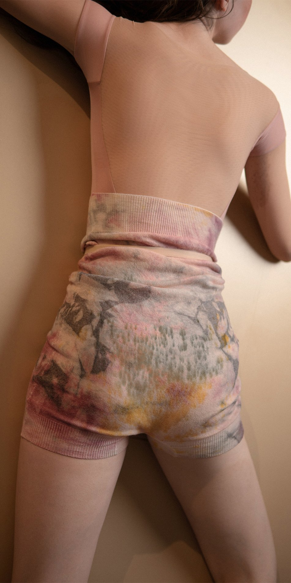 TIETIE DYE KNIWEAR shorts burgundy 5