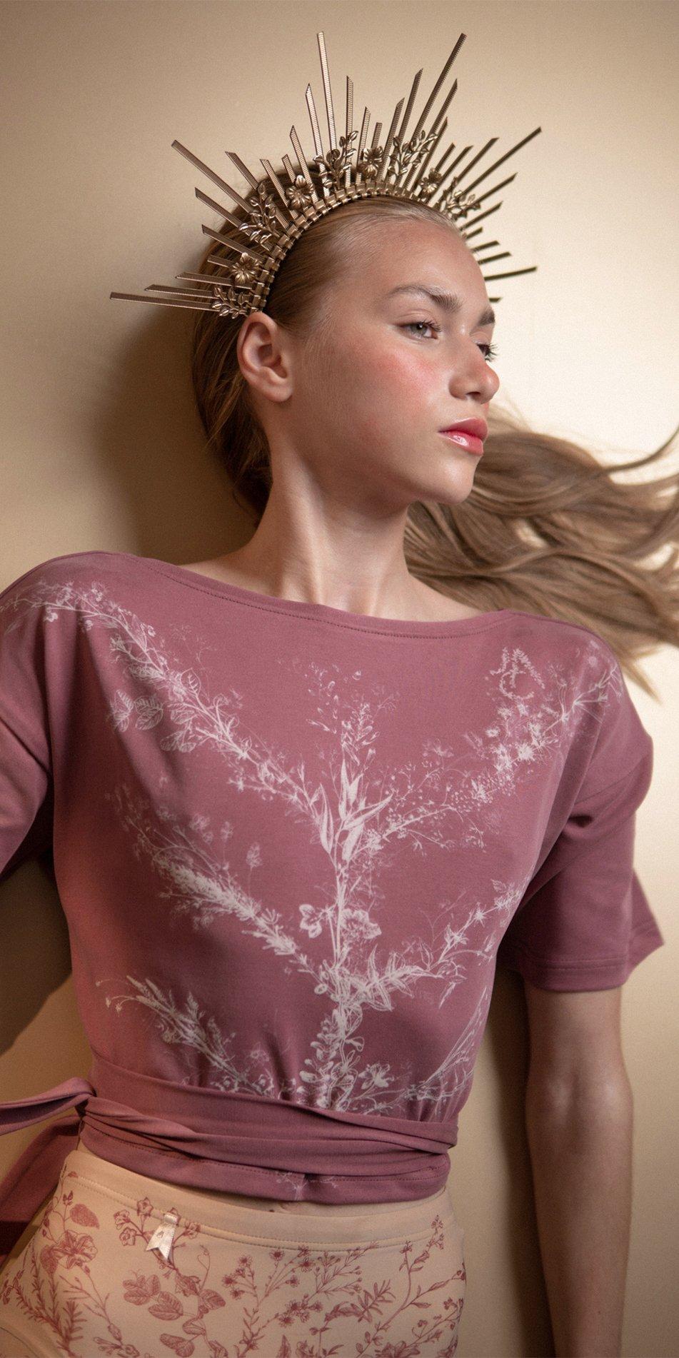 TREE OF LIFE burgundy printed crop top 5