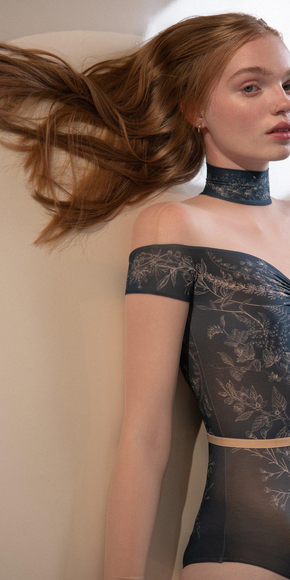 BLOOMY SWEETHEART – off shoulder mesh decolette leotard with sleeves – blue marine 5